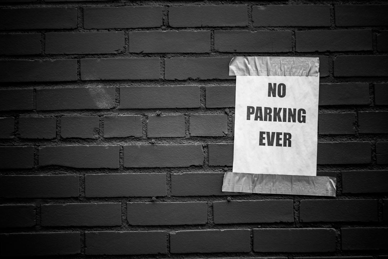 no-parking-ever.jpg