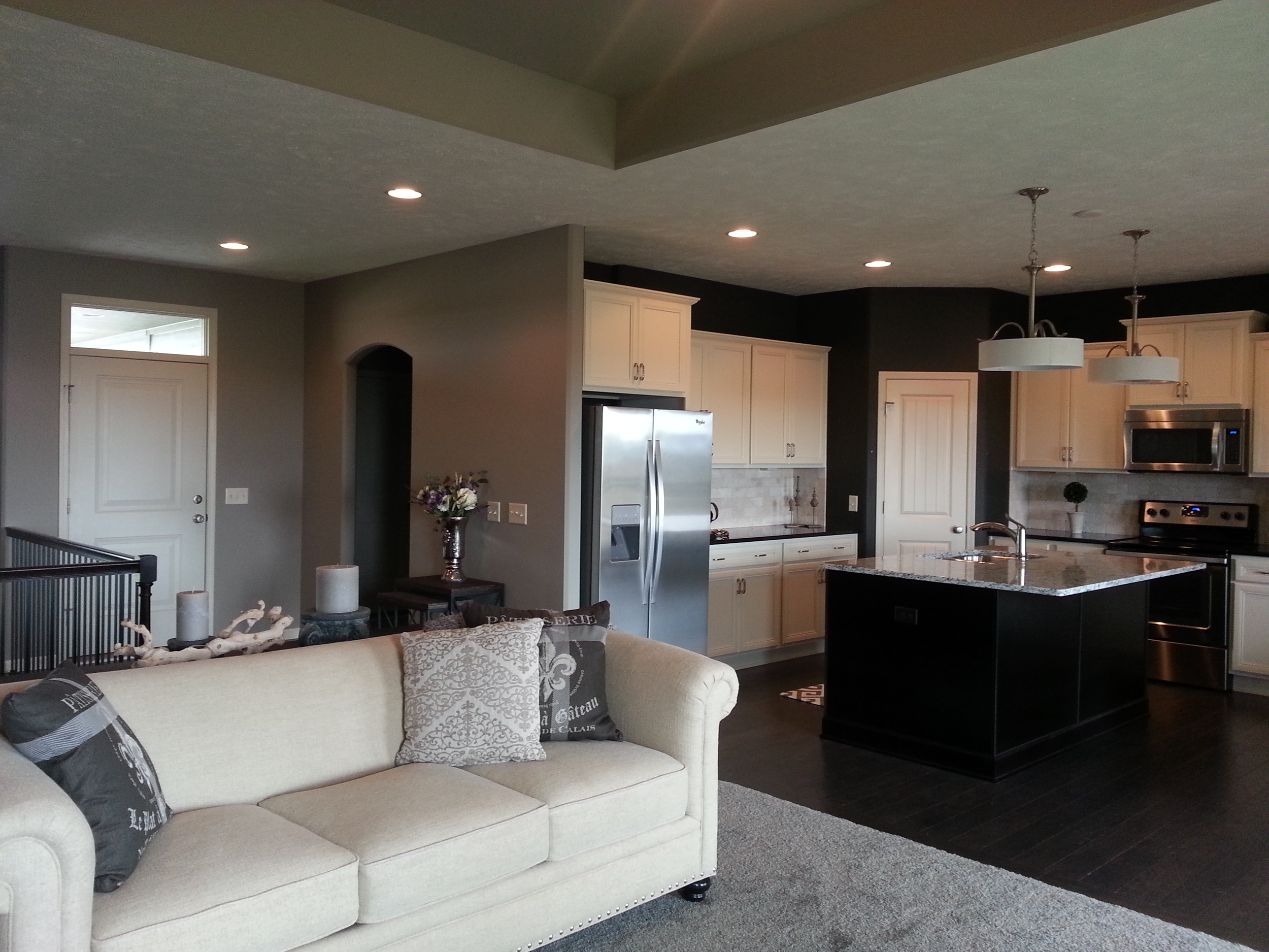 Living kitchen Cedar.jpg
