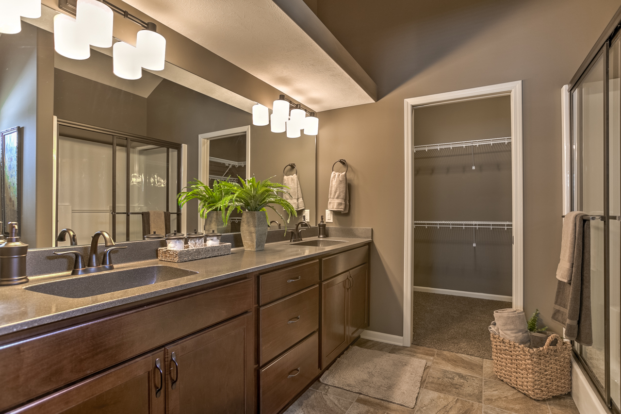 Aspen Master Bathroom.jpg