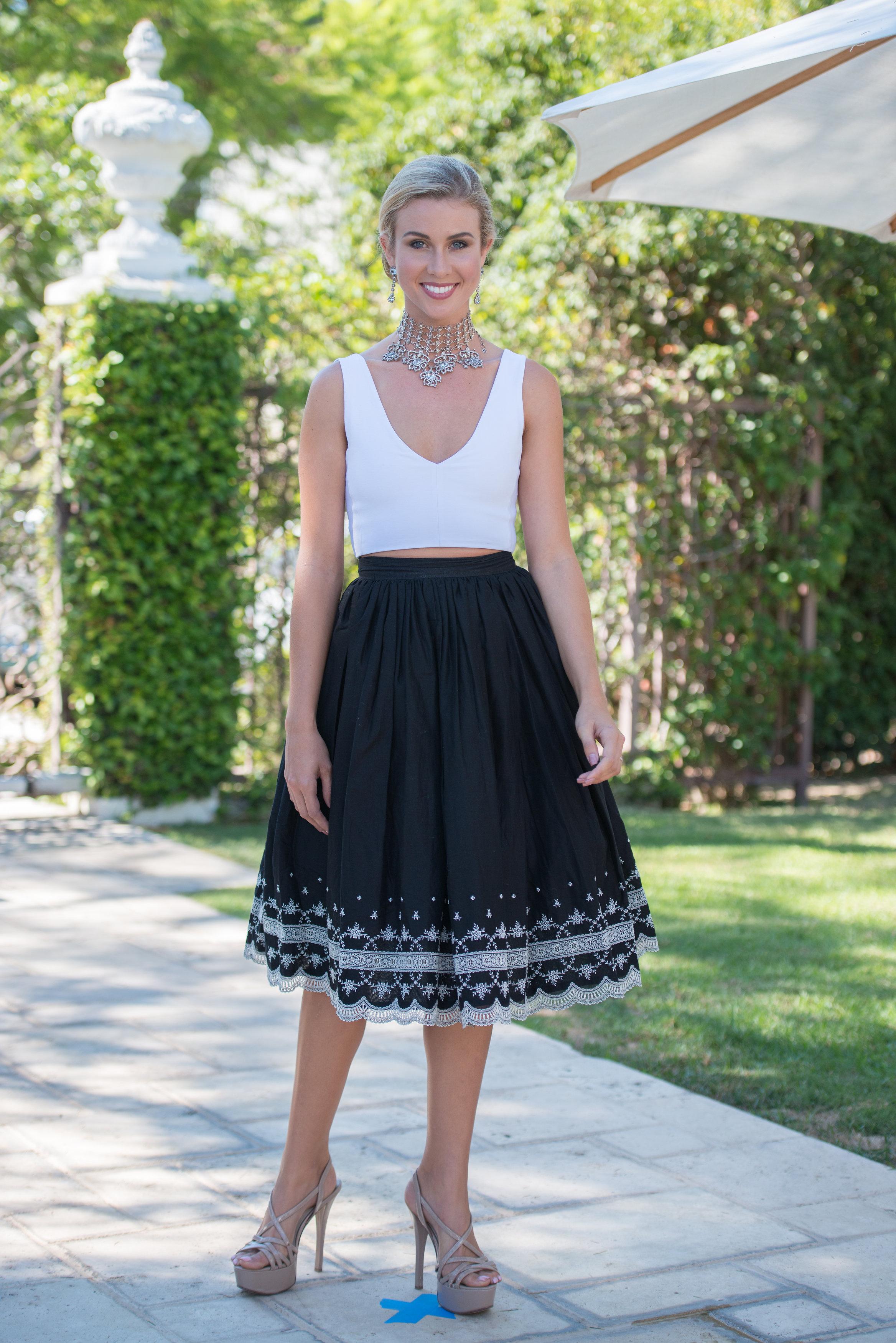 Miss Earth 2014 models Ramona Haar jewelry