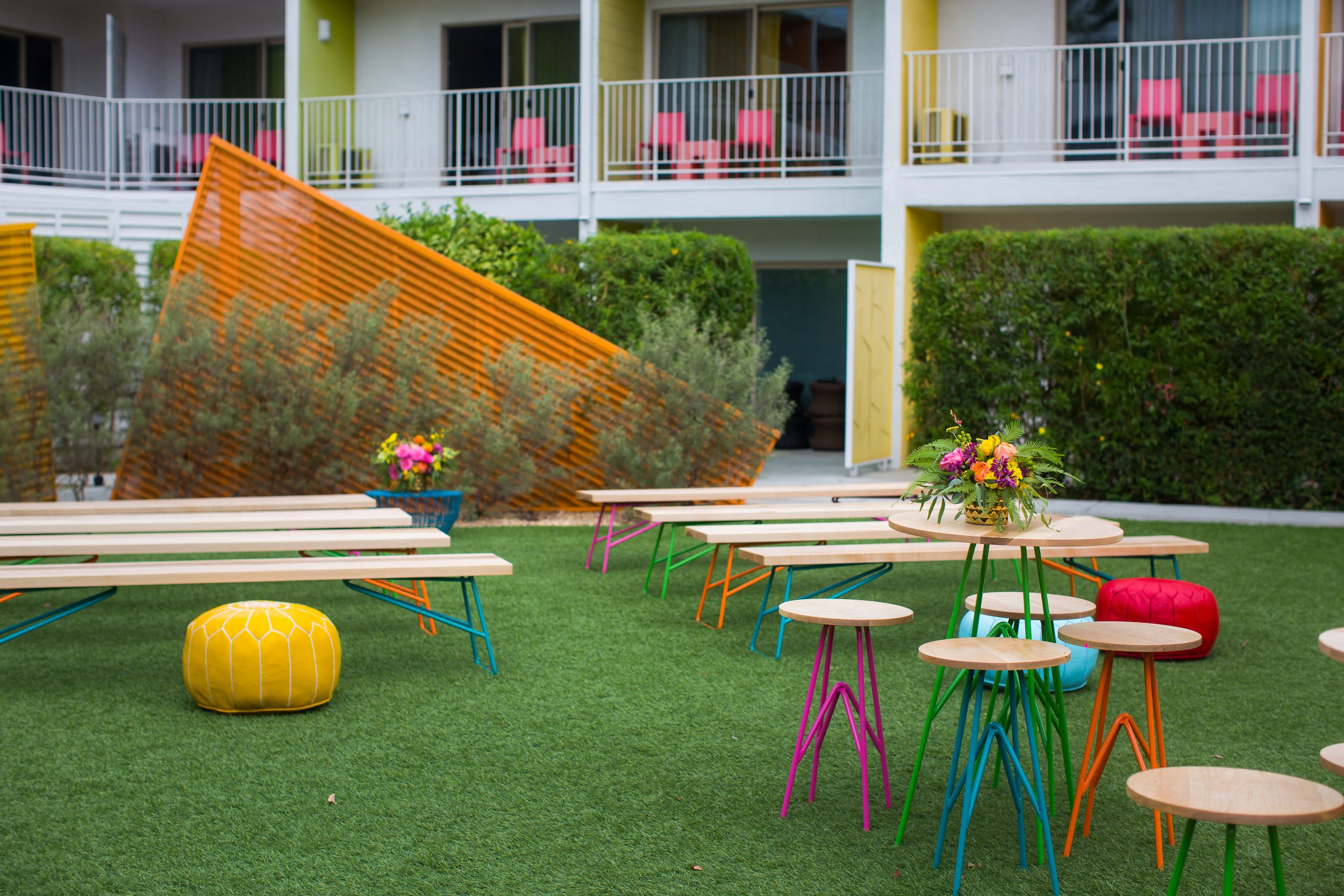 The Saguaro Hotel Tables, Benches & Seating