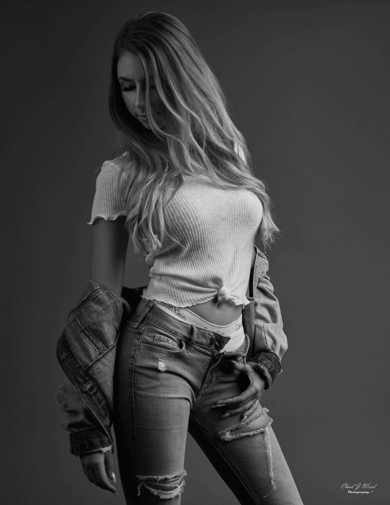 Model Mariola by Arizona Fashion Photographer Chad Weed