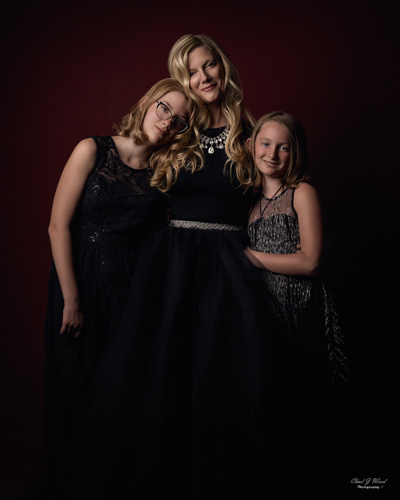 Smiling Mother and Daughters by Mesa Arizona Family Portrait Photographer Chad Weed