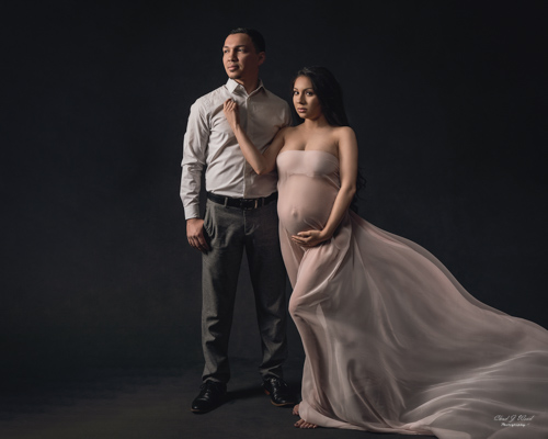 Mesa Arizona Family Maternity Photographer Chad Weed with Mercedes ans Jose