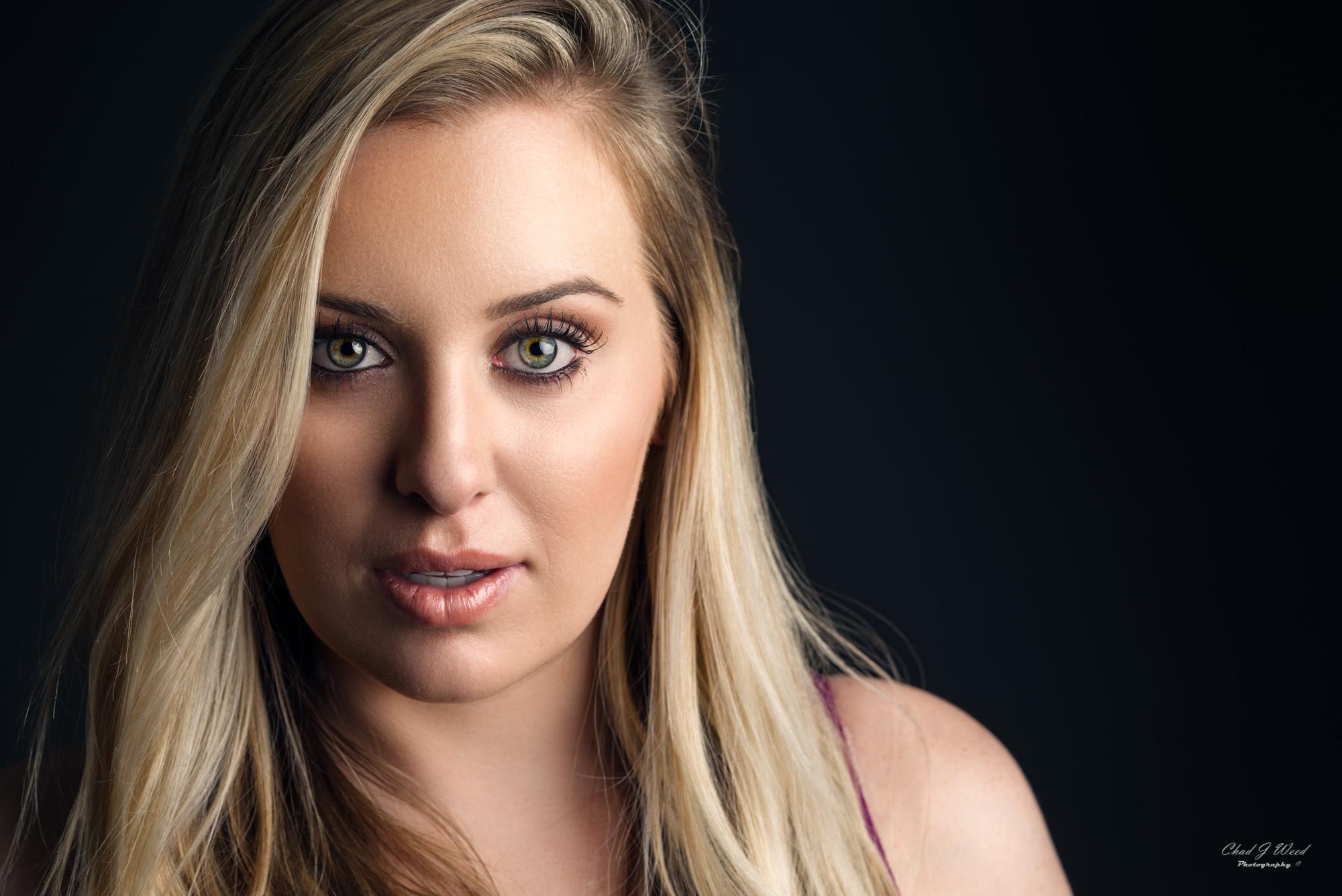 Kirsten Actor Headshot by Mesa Portrait Photographer