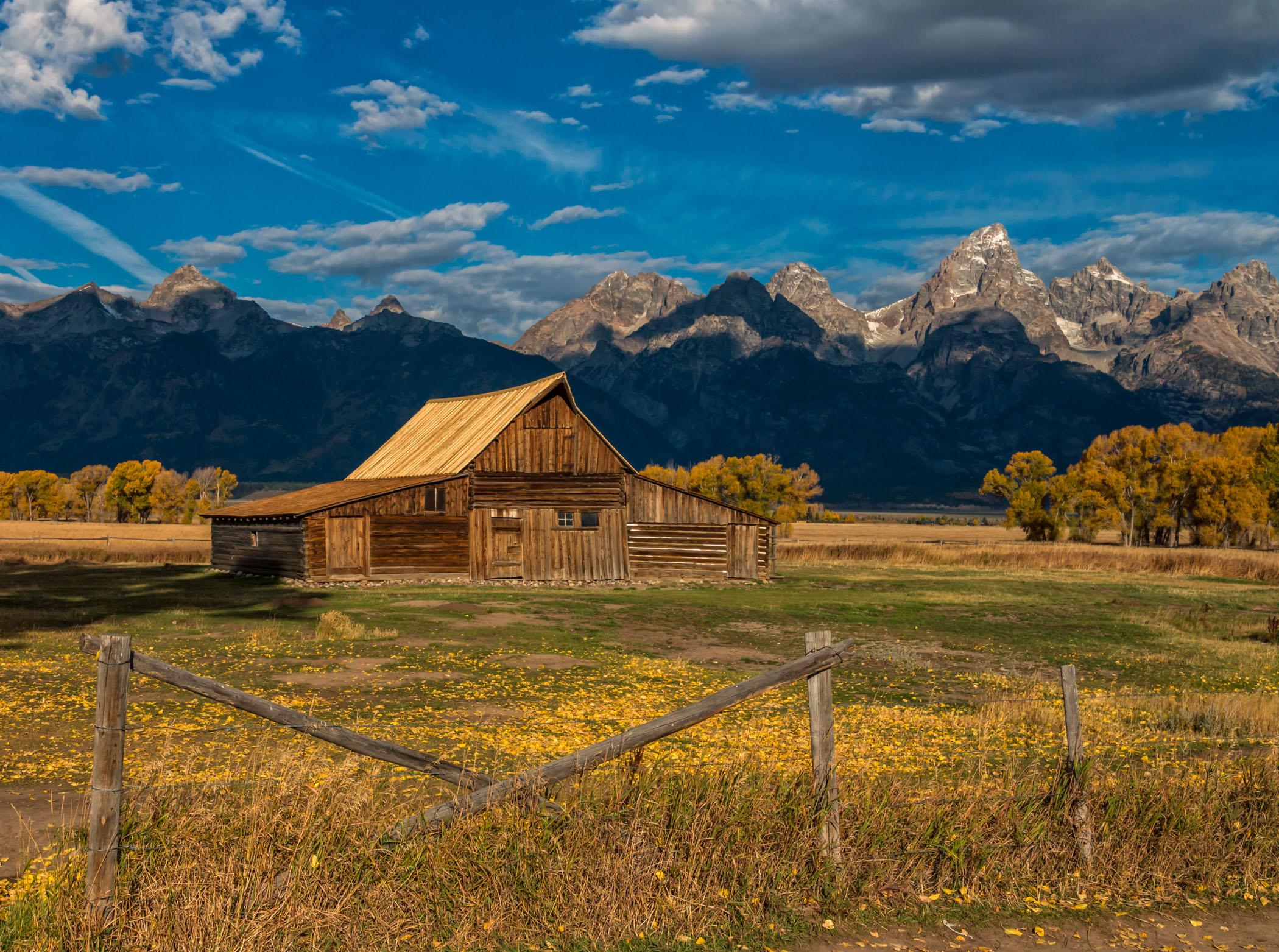 Mormon Barn in The Morning