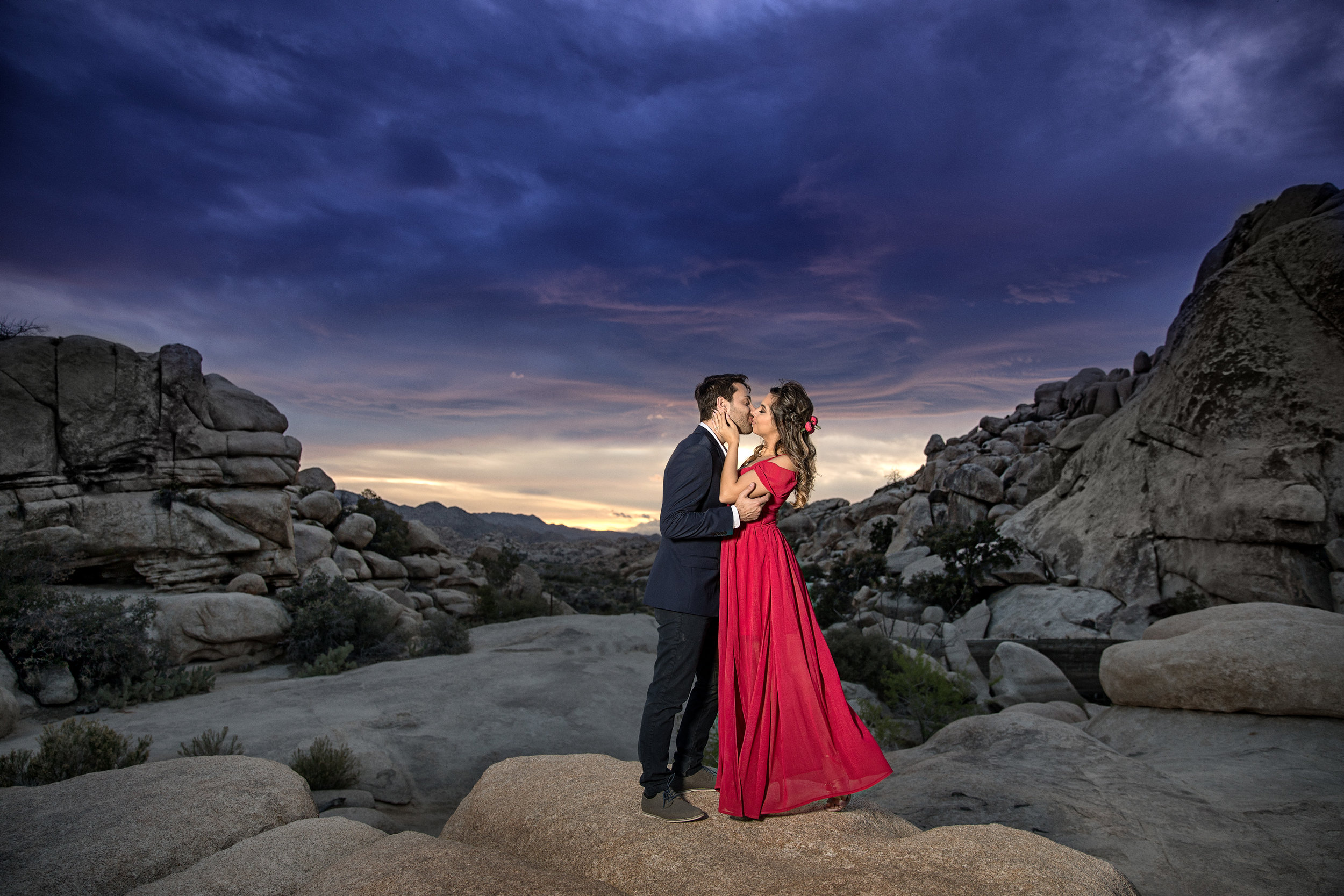 Yaneck-Wasiek-Portraits-Brazilian-Romance-At-Sunset.jpg