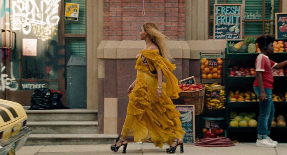 Beyonce-Yellow-Dress-Lemonade-Video.jpg