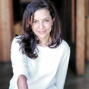Catalina Girald               CEO & Founder,Naja.co