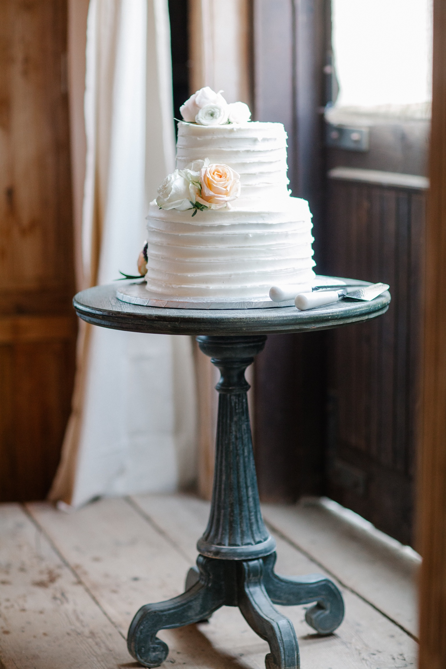 Simple cake from Cakes and Candies by MaryEllen for Terrain wedding