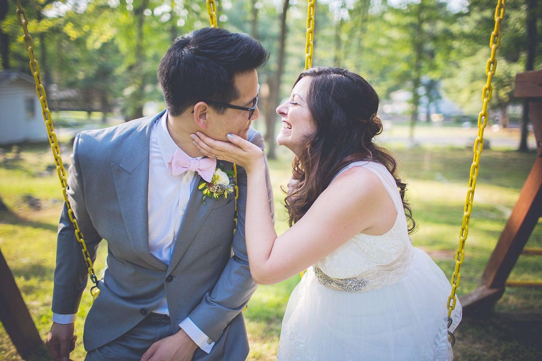 Summer camp wedding in Pennsylvania at Camp Green Lane in the Poconos | Wedding planner: Heart & Dash | Photo: Jessica Osber Photography
