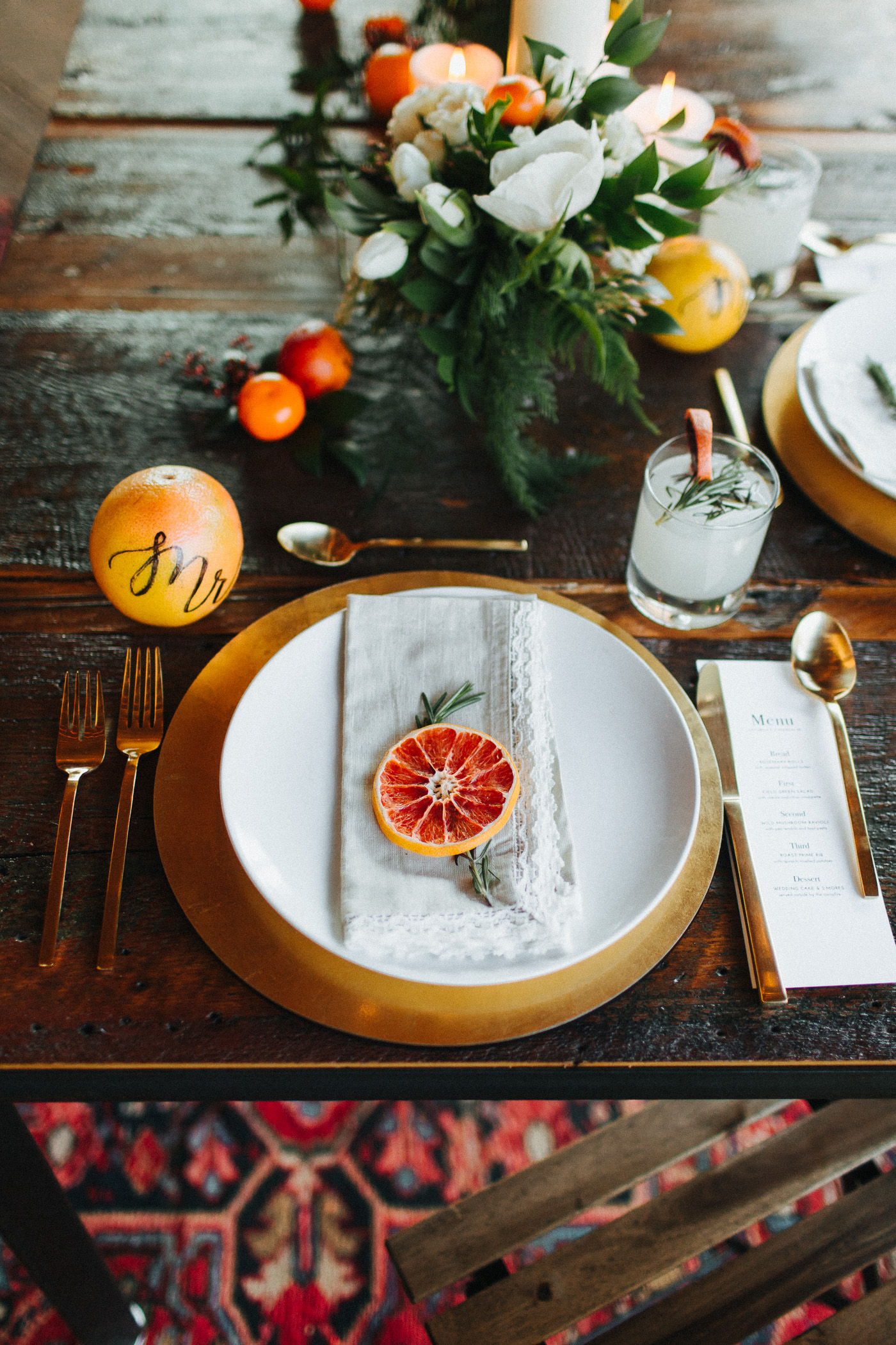 Cedar Lakes Estates Wedding with Citrus Inspired Decor :: The More We See Photography :: Heart & Dash Planning