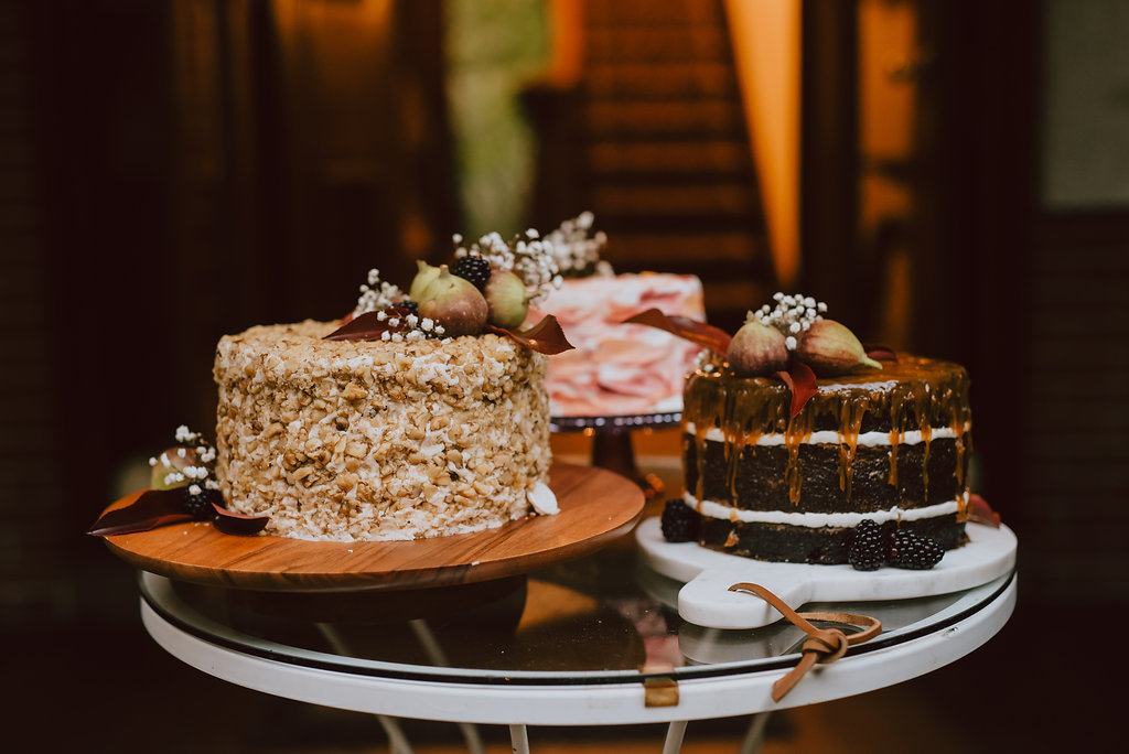 Faunbrook Bed & Breakfast intimate wedding in West Chester, Pennsylvania with trio of custom wedding cakes :: wedding planner: Heart & Dash :: Pat Robinson Photography