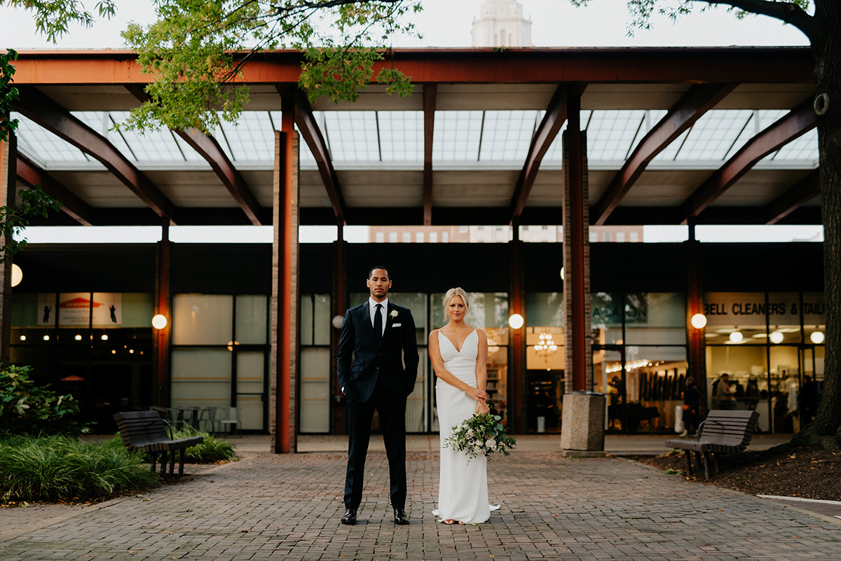 Old City Philadelphia Wedding at The Olde Bar with Philadelphia Wedding Planner Heart & Dash