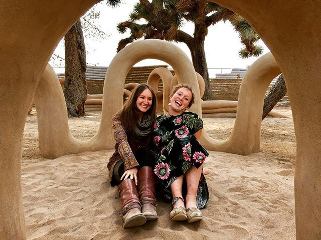 I'm excited to announce that I will be collaborating again with interdisciplinary artist, sculptor, and fellow @calearthinstitute graduate, Laura Smith! Next month we will be building another site-specific earthen sculpture garden & playspace at the Cuyama Valley Family Resource Center (CVFRC) in conjunction with @quail_springs. The CVFRC is a non-profit hub in the Cuyama Valley of California for civic activity and community/program development for youth, families, and children. We will be using local earth and recycled materials to create fun and interactive pieces for all ages! I'm so happy to reunite with this amazing woman and get back to making work that is purposeful and deeply fulfilling. 📸 2015, from our Cal-Earth SuperAdobe Sculpture Garden.