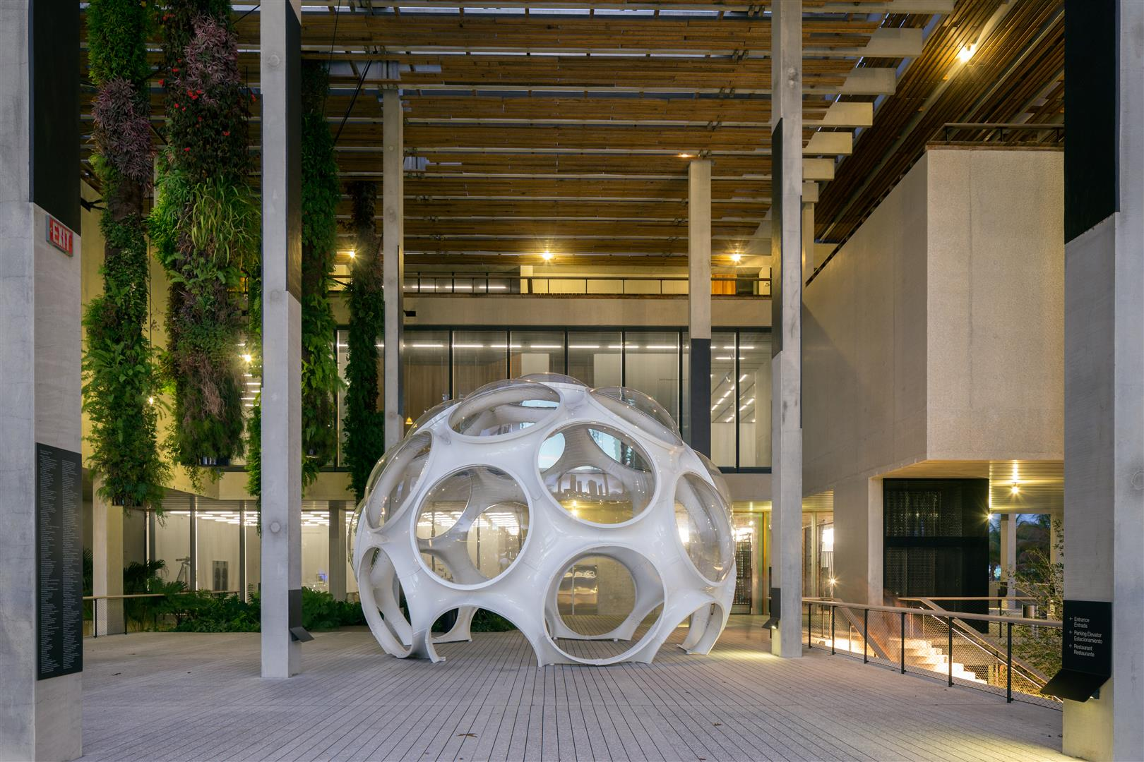 Fly's Dome at the Perez Art Museum Miami - 02/2015 - copyright - Christian Klugmann