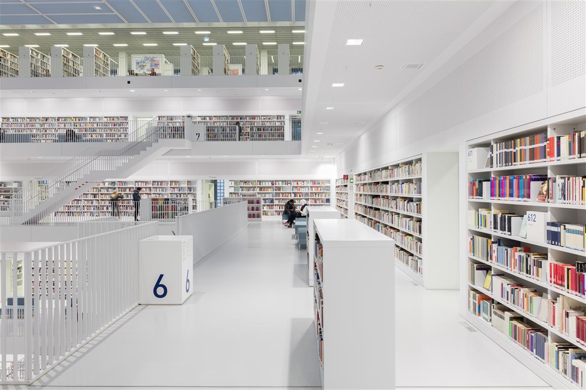 Stuttgart City Library - Christian Klugmann (9).jpg