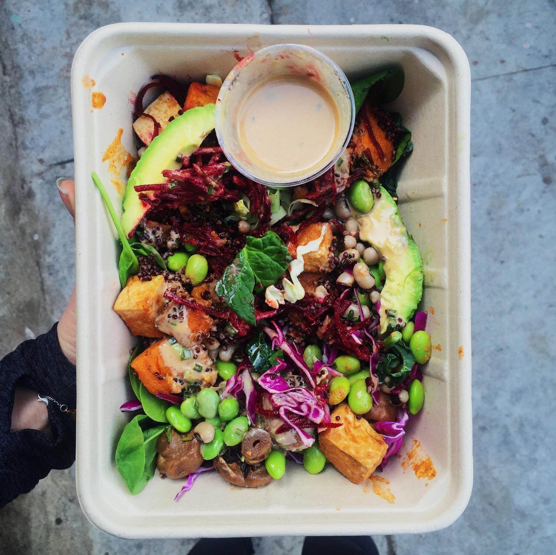 Lee vs. The Whole Foods Salad bar, part 4