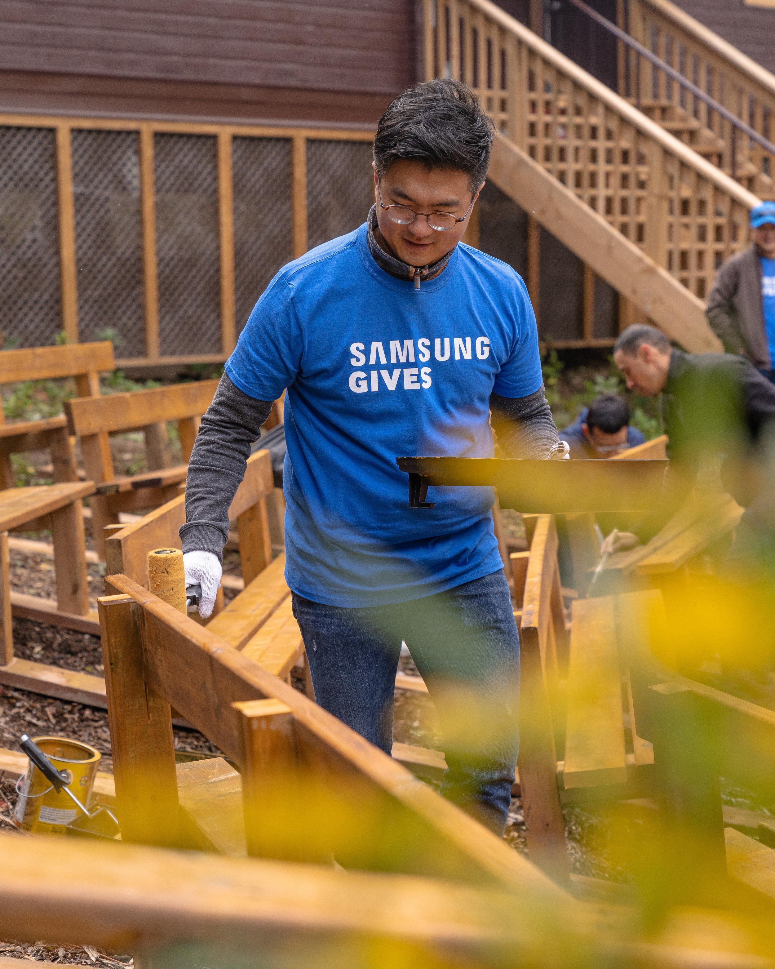 Samsung_Gives-68.JPG