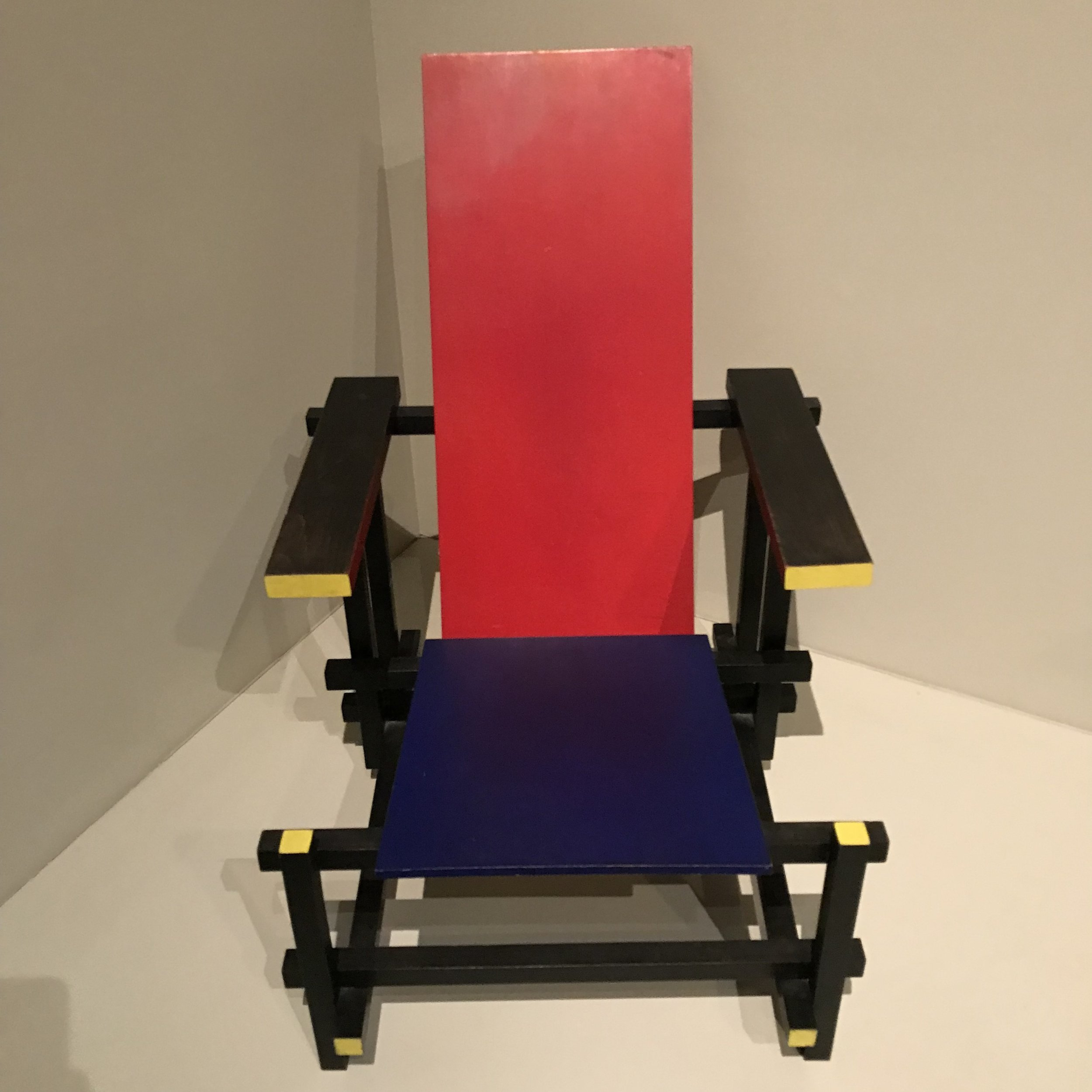 2017-12-26  Photo 15  Red-Blue Chair (designed in 1918 and manufactured in 1950) designed by Gerrit Rietveld (1888 - 1964) of the Netherlands