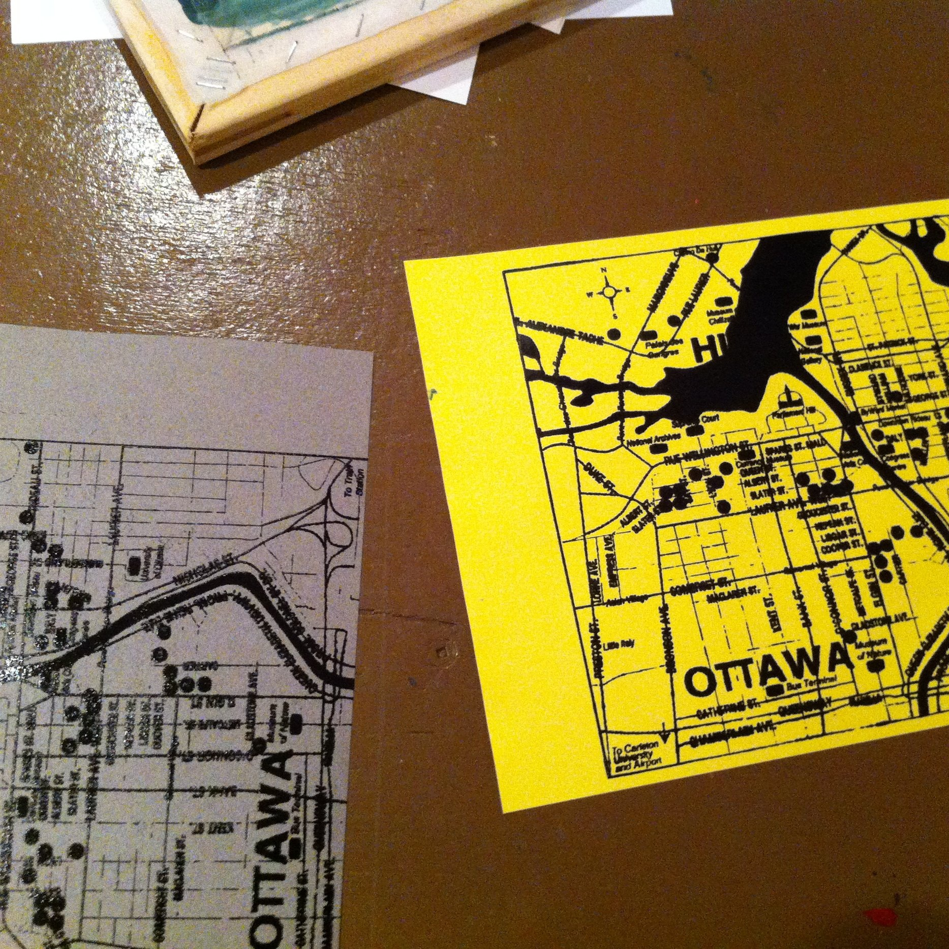 Neigbourhood Art Walk - Explore the thriving Chinatown neighbourhood around our studio or your neighbourhood of choice. Using paper stencil silkscreening methods, create prints as a token of your day out.