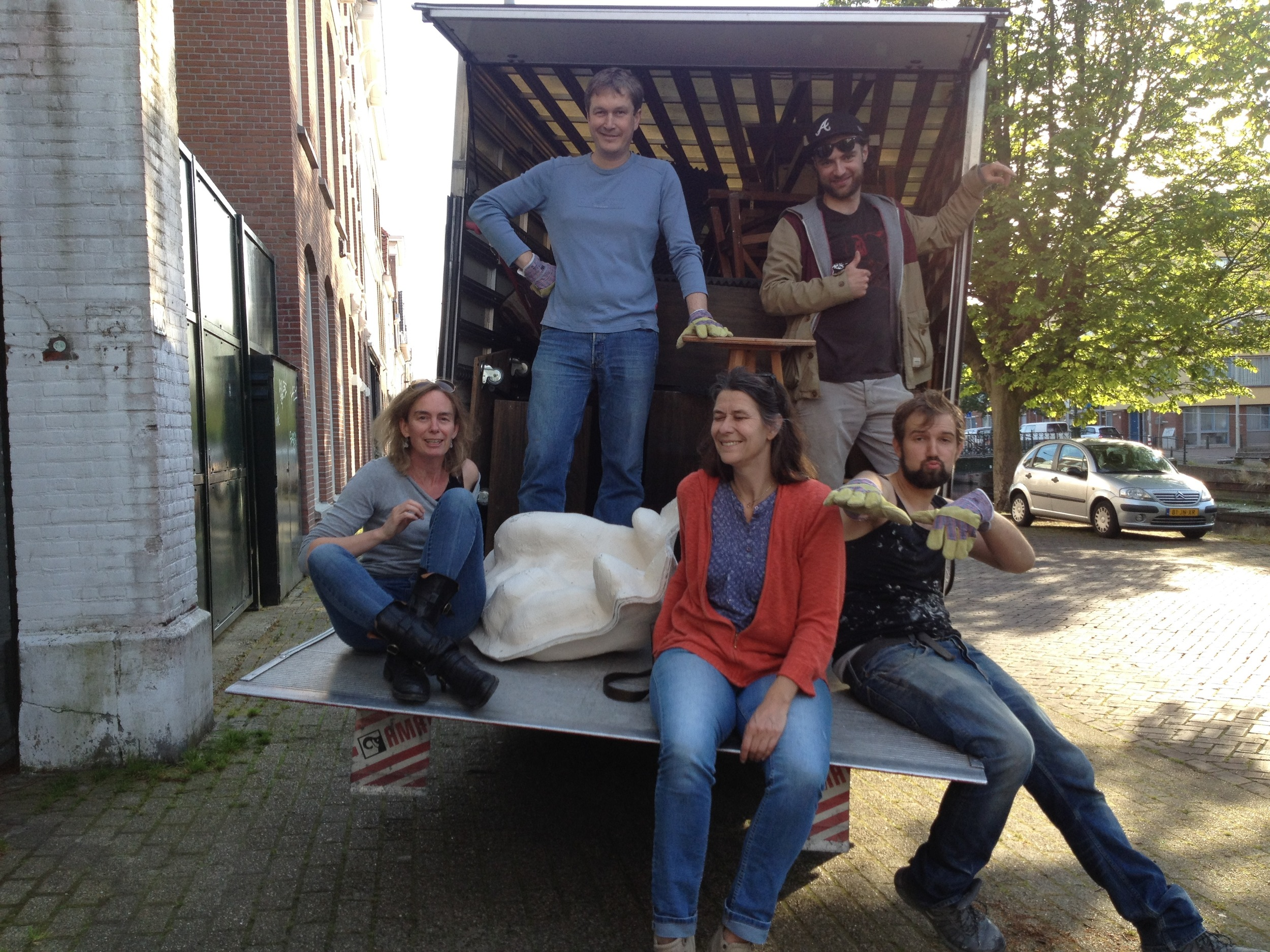 The young ones from See Lab helping the old ones move.