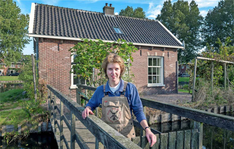 Joyce Beneker is de trotse bewoner van de gerestaureerde molenaarswoning.