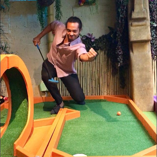 Wait...the point of crazy golf is to get the lowest number!? #weekend #sundayfunday #golf #crazgolf #london #fun #funtimes #funny #lol #sunday