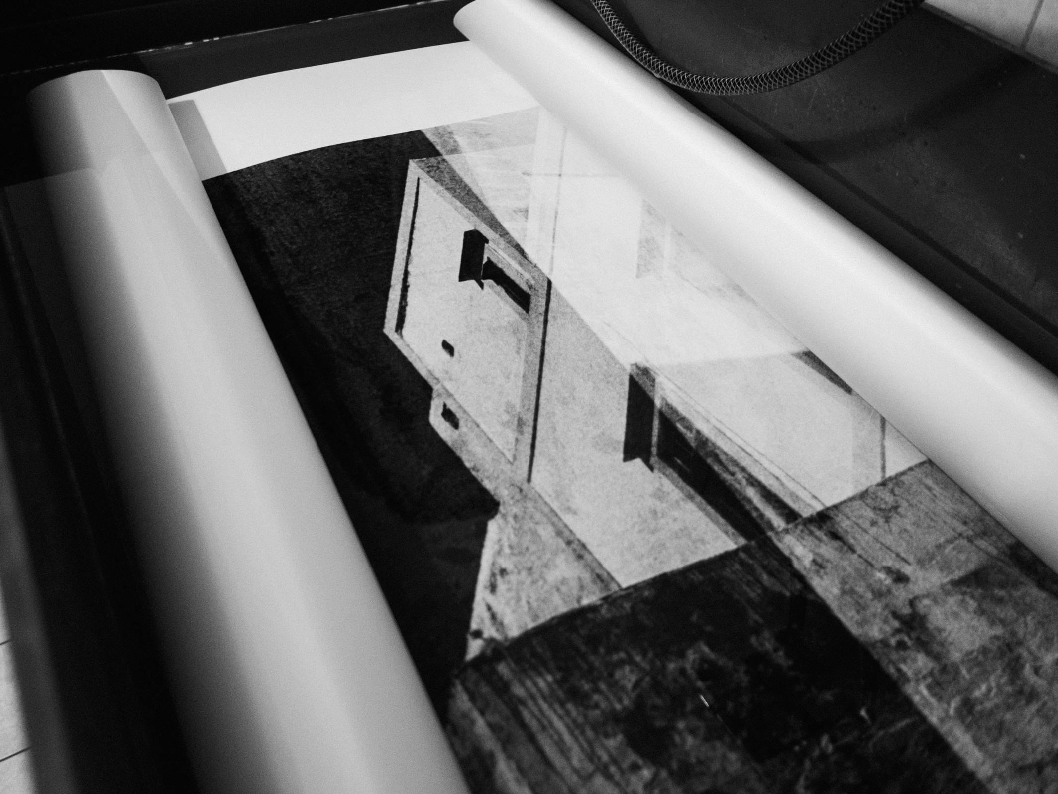 darkroom, watering of print