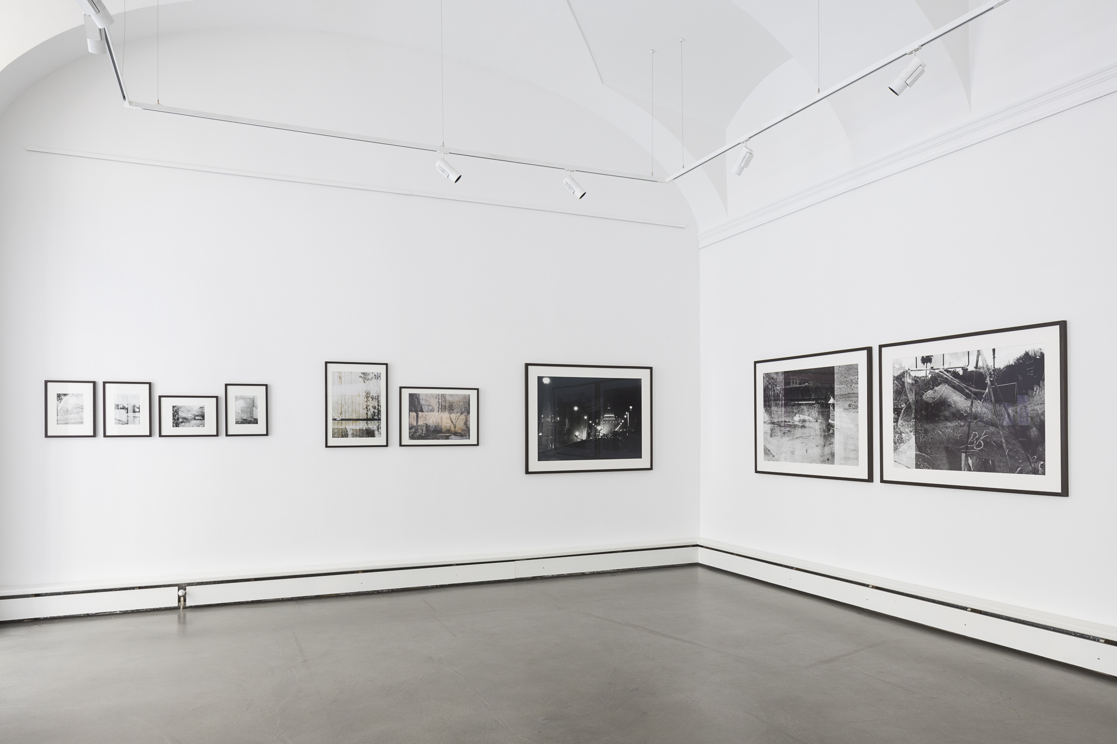 exhibition view by Eva Kelety