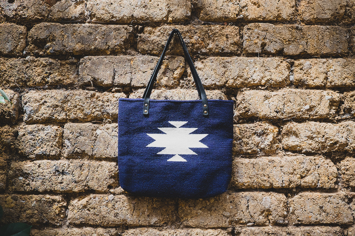 MEXICAN ZAPOTEC WOOL TOTE   STATUS: IN STOCK