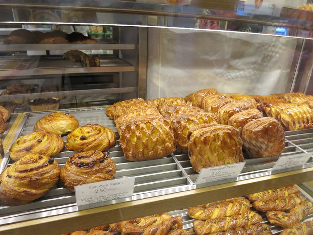 Paris Baguette Cafe Pastries