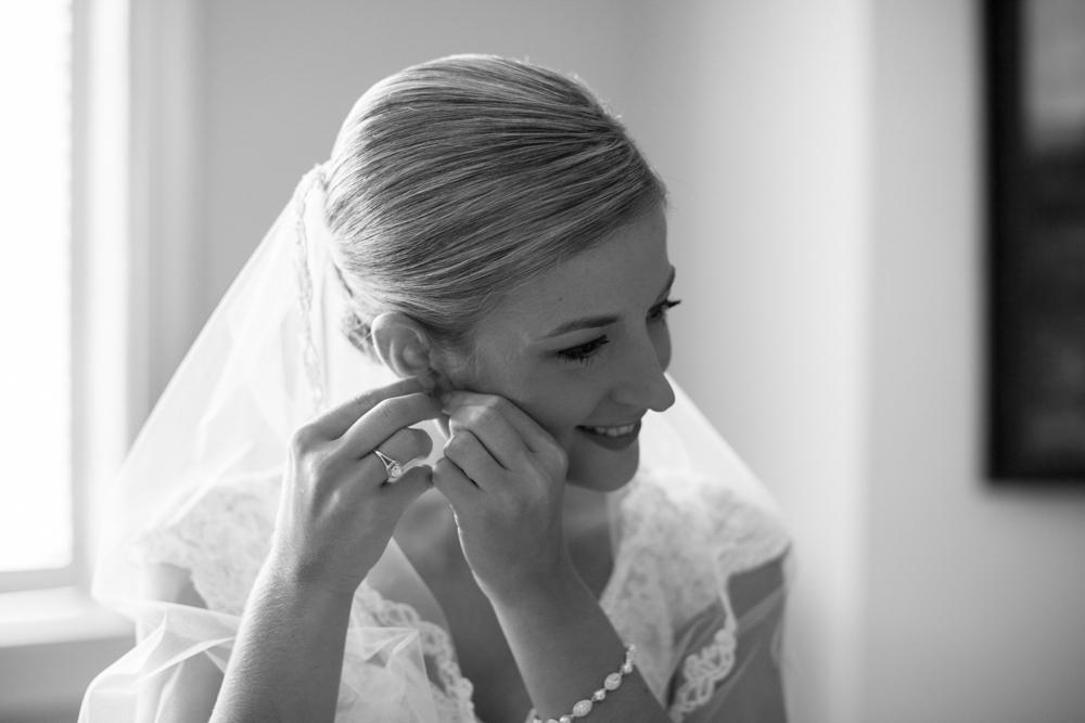 First_Baptist_Montgomery_Alabama_Wedding_Photography-24.jpg