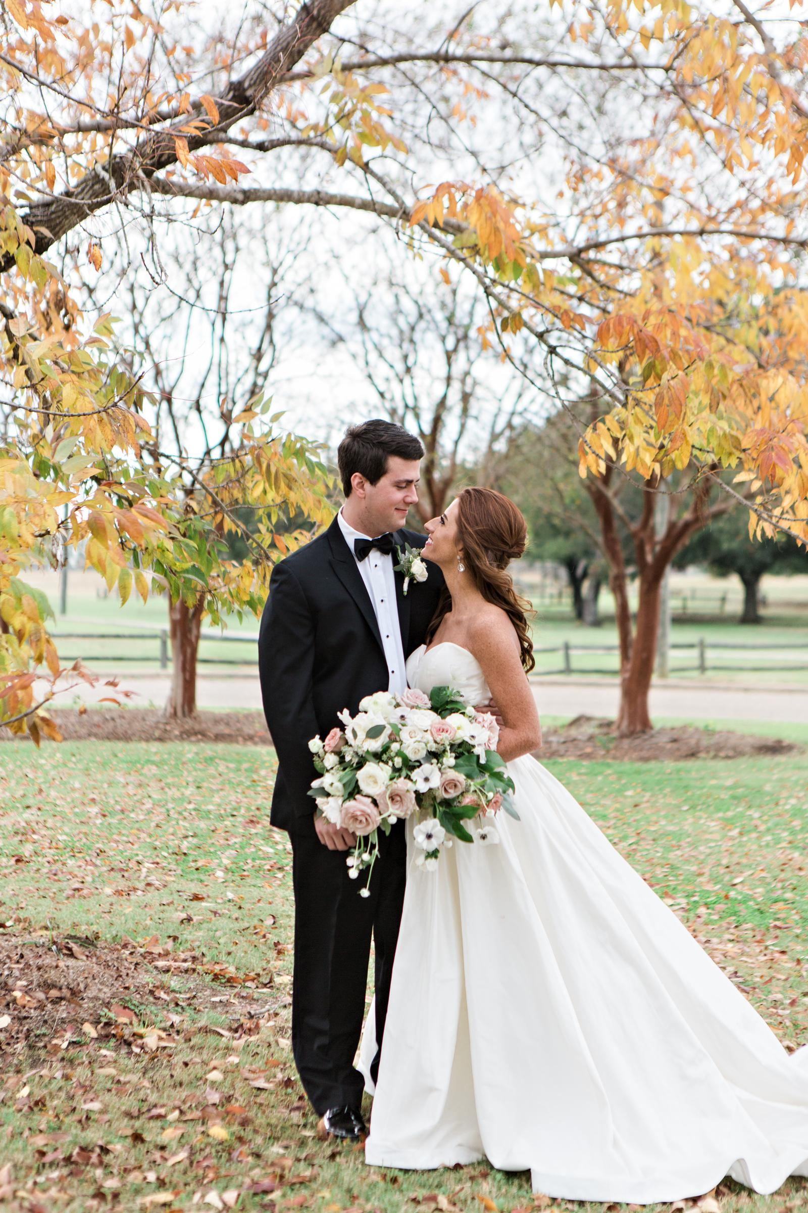 Montgomery-Alabama-Wedding-Photographers-Capital-City-Club-114.jpg