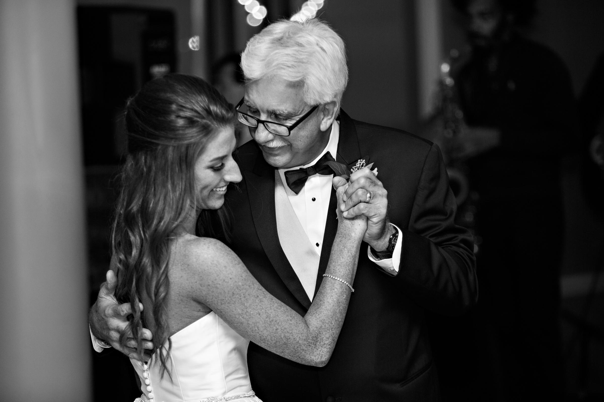 Montgomery-Alabama-Wedding-Photographers-Capital-City-Club-129.jpg