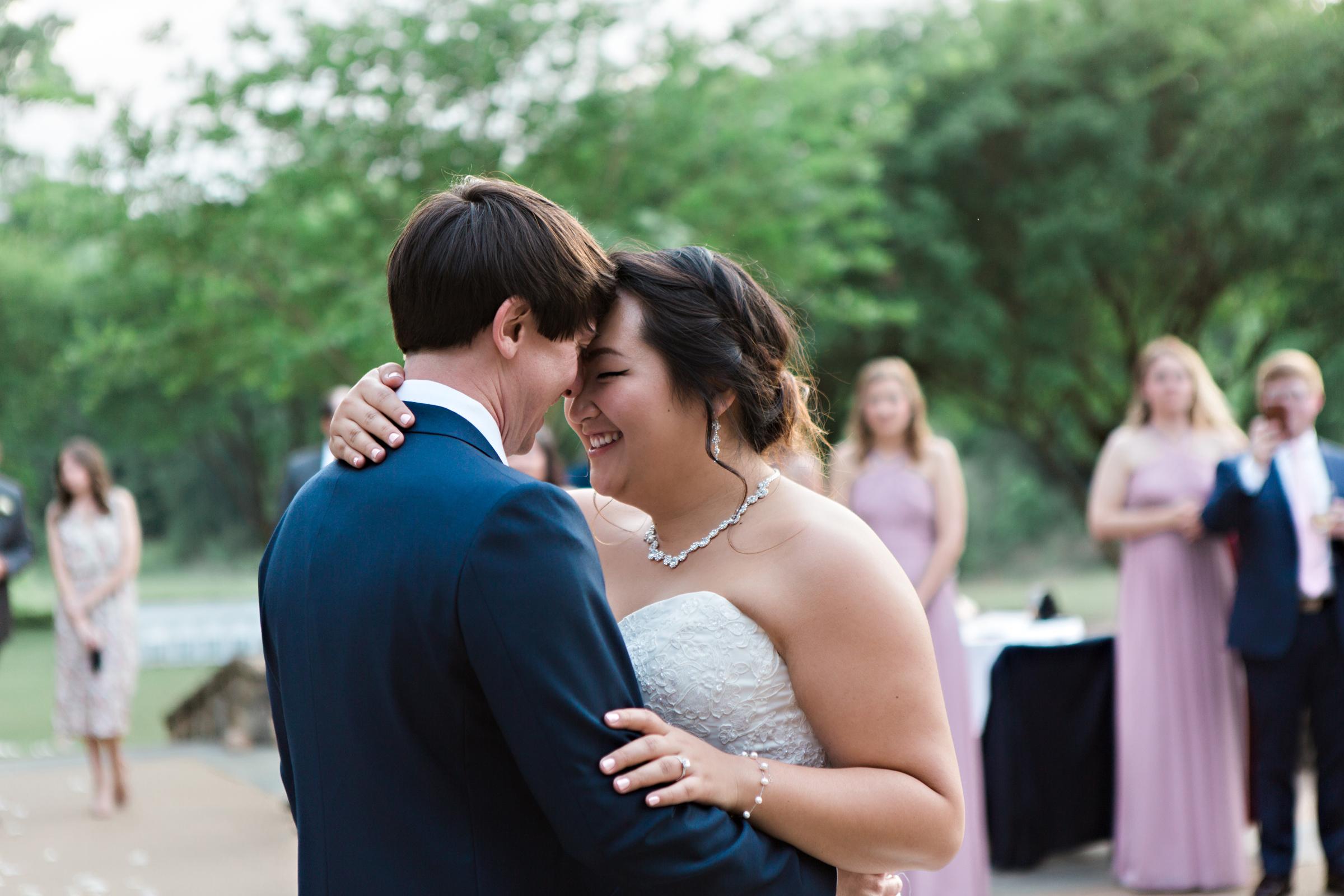 Ni ck-Drollette-Photography-Auburn-Alabama-Weddings-Sylvia-Kevin-160.jpg