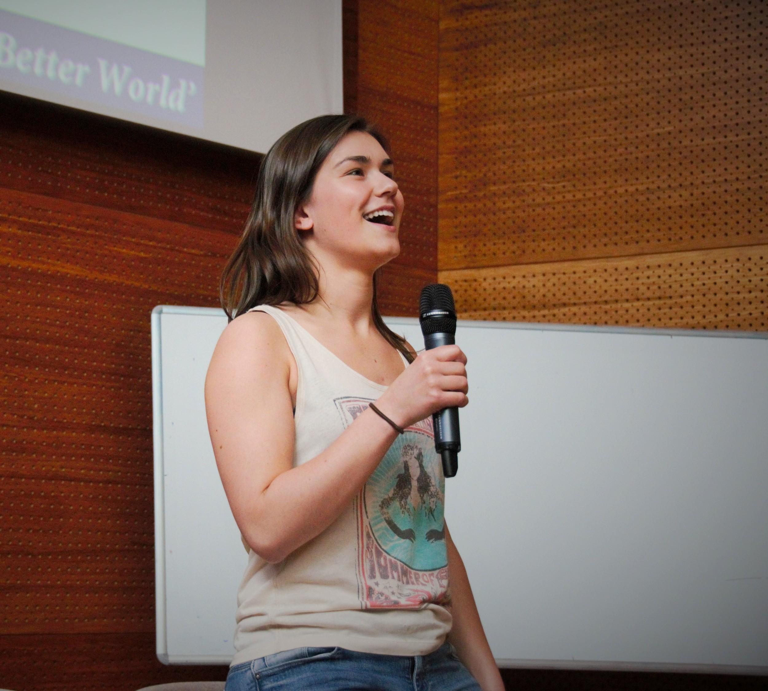 Lena Volmer speaking to students from the Johan de Witt school in June 2015.