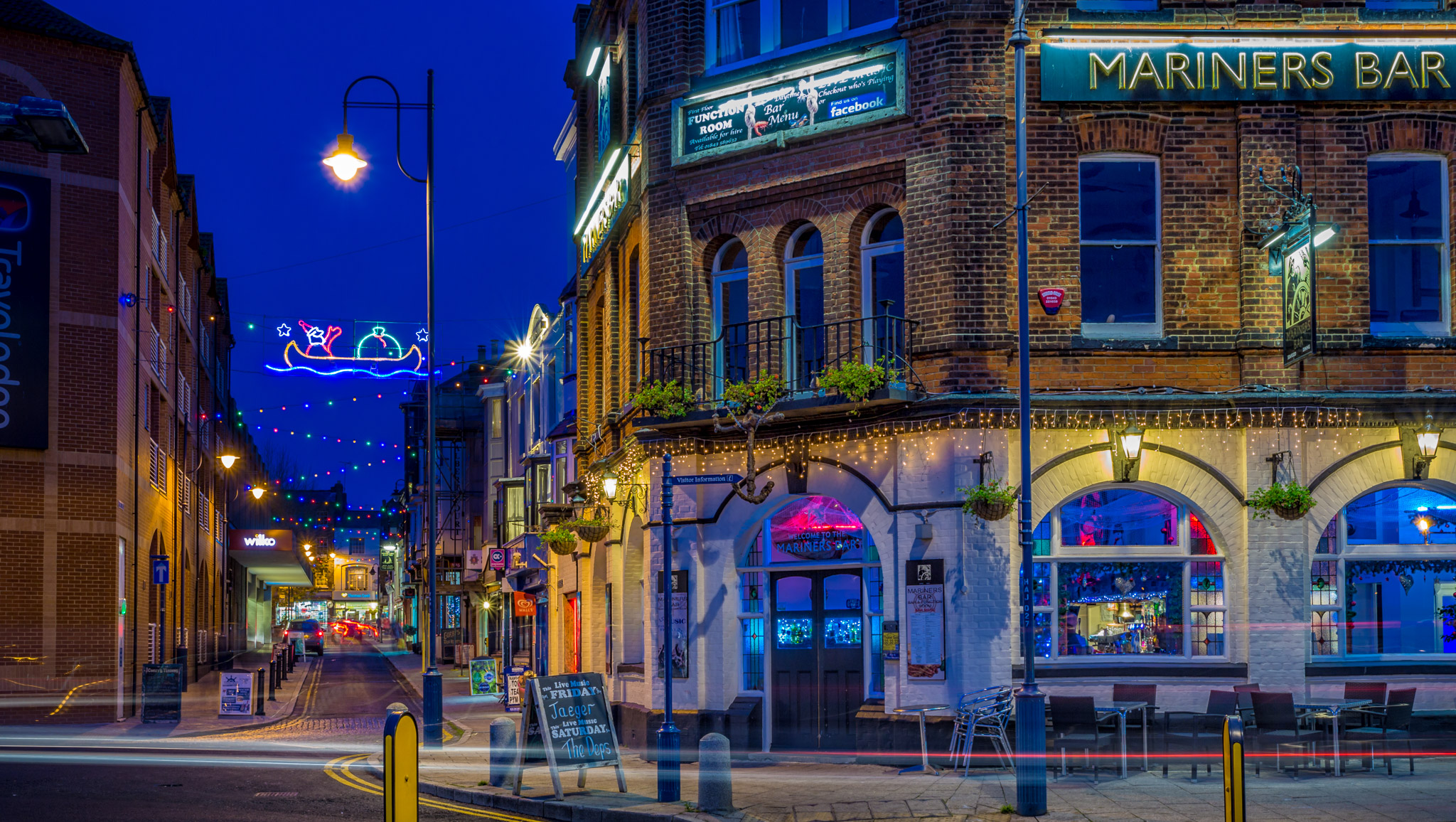 This is Mariners Bar directly opposite Ramsgate Harbour, looking towards York Street.