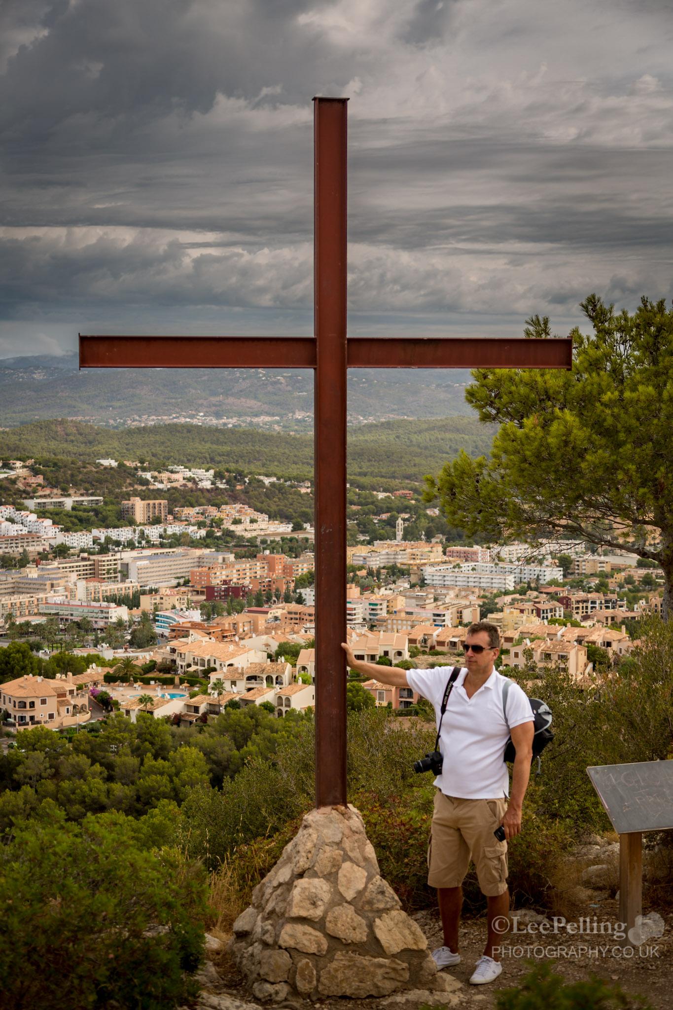 Cross Paul