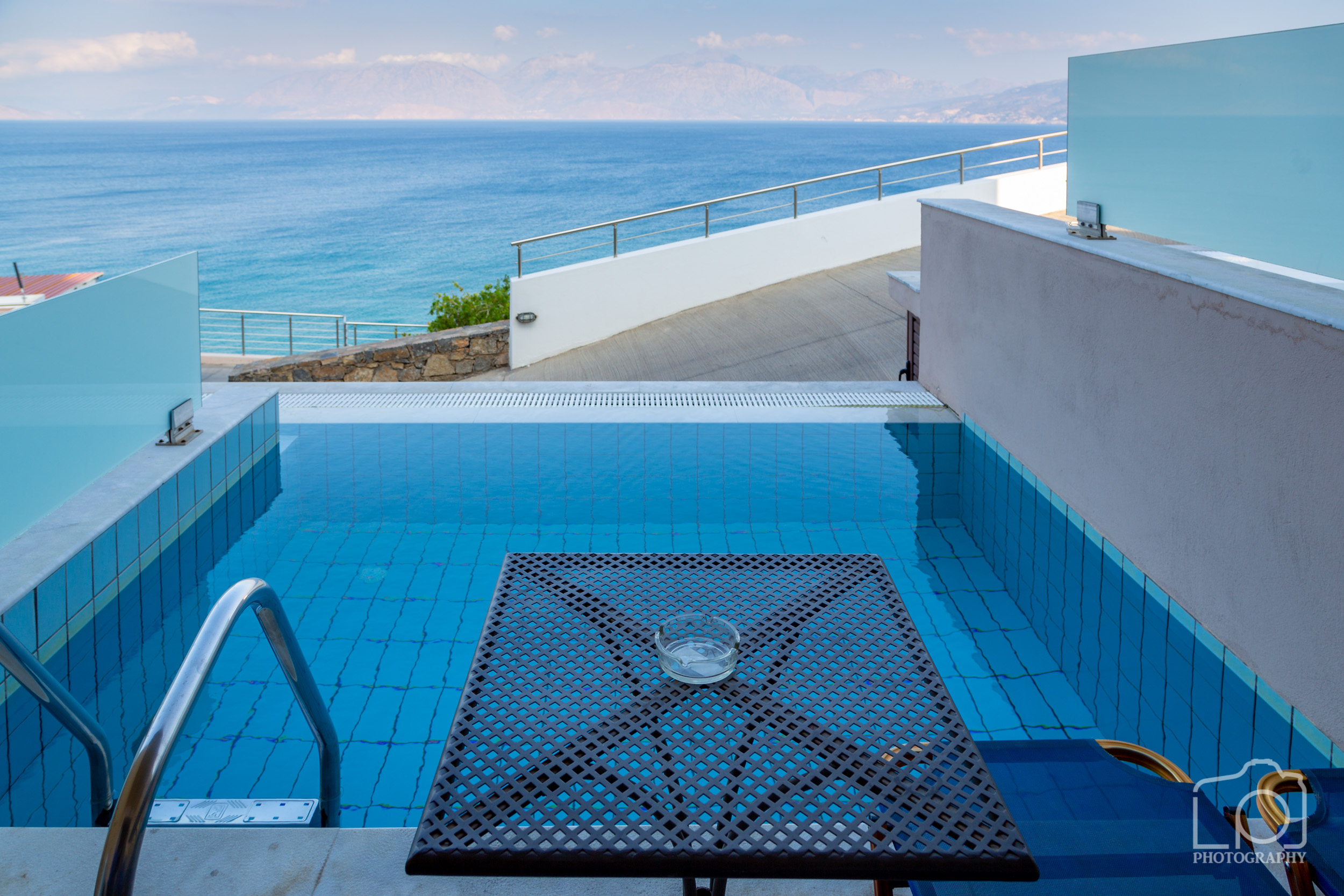 Superior Room Seaview with Pool at Miramre