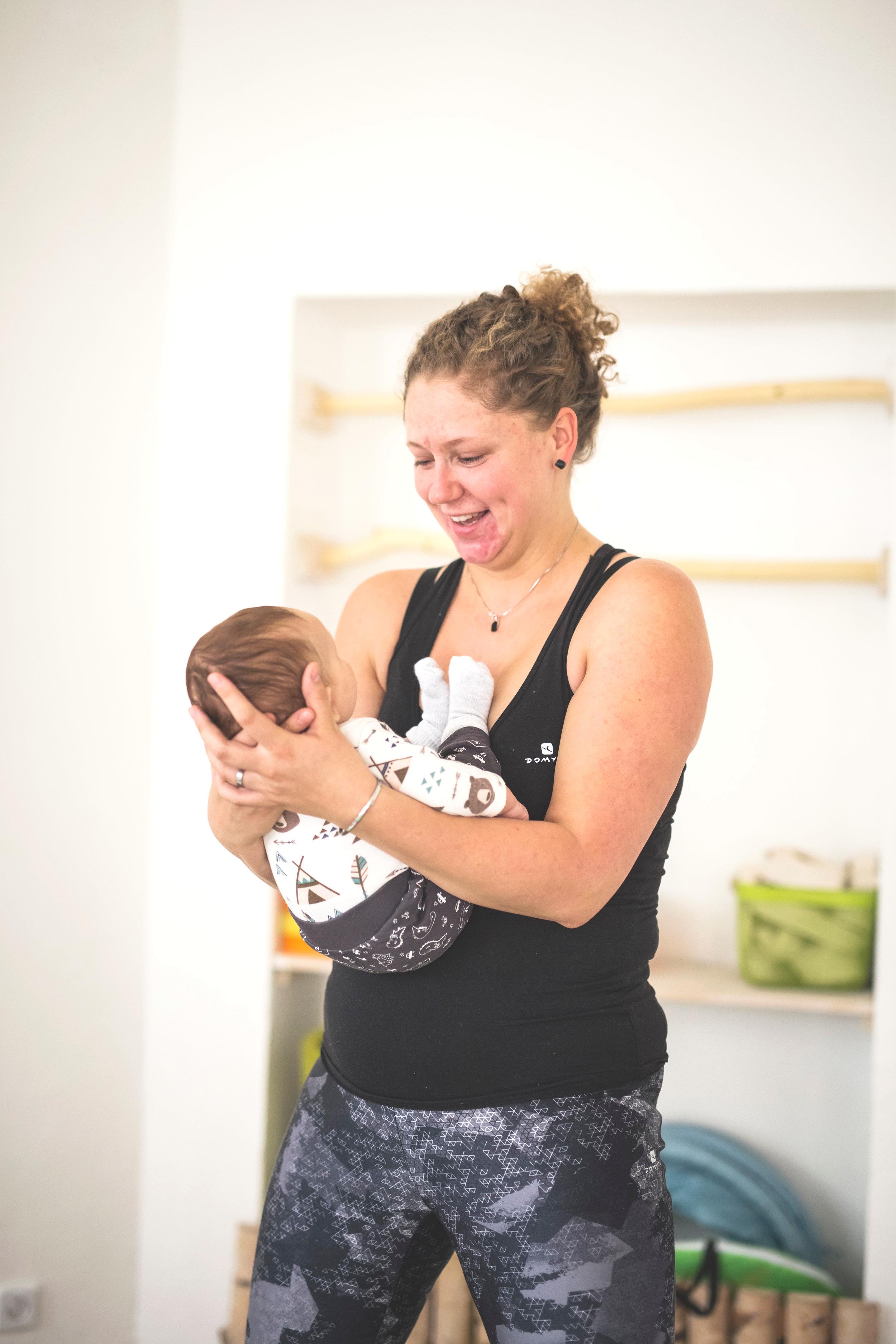 Cvičení po porodu s novorozenci - vhodné pro miminka narozená 04-07/2019