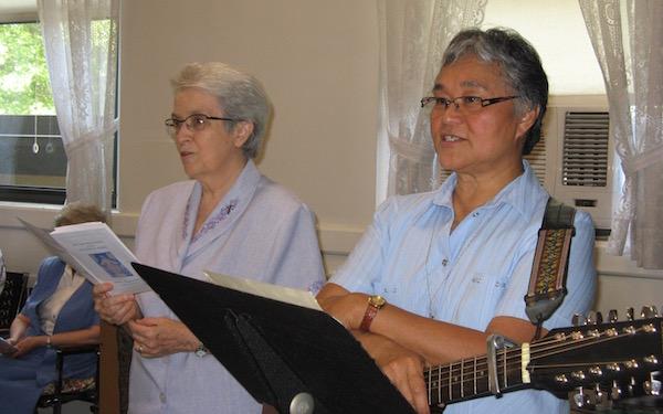 4.V&P singing.jpg