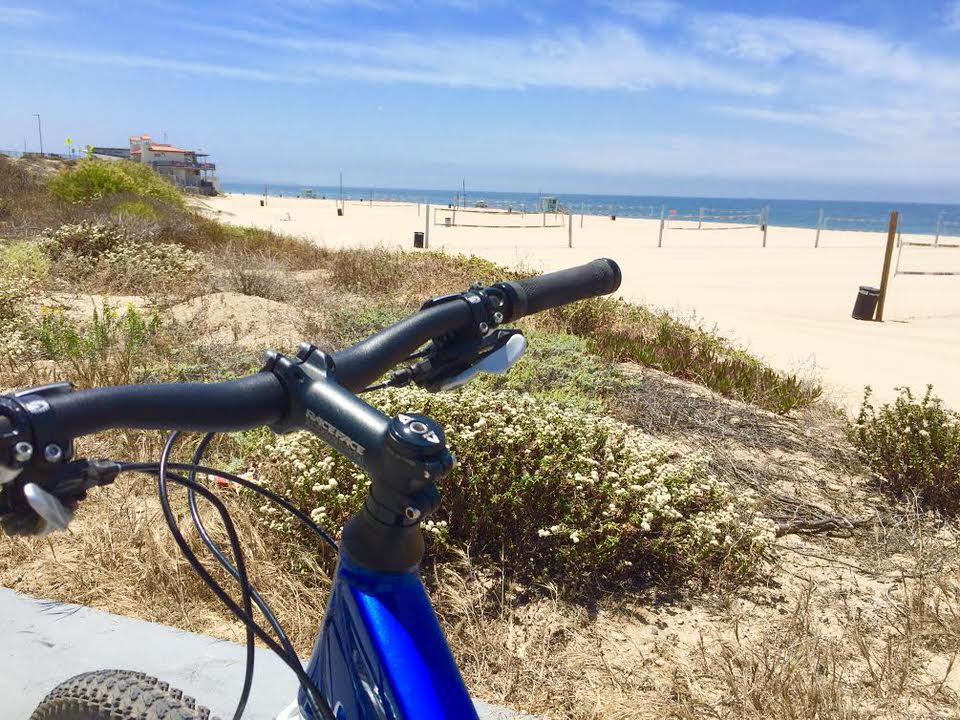 California Coastal Bike Riding - The Marvin Braude Bike Trail   | This bike trail extends 22 miles point to point along some of Californias best coastline, and you can experience Californias best beaches all from the seat of your bike! Explore Venice beach, Marina Del Rey, Manhattan Beach, Santa Monica Beach, Redondo Beach, and more all on the amazing bicycle ride! |  shedreamsofalpine.com