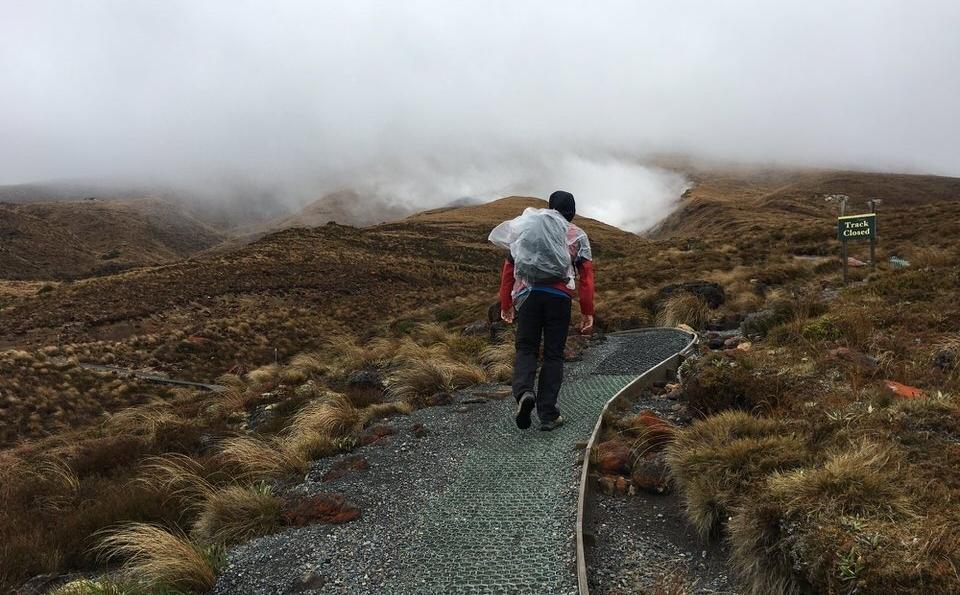 man-hiking-tongariro-alpine-crossing-new-zealand