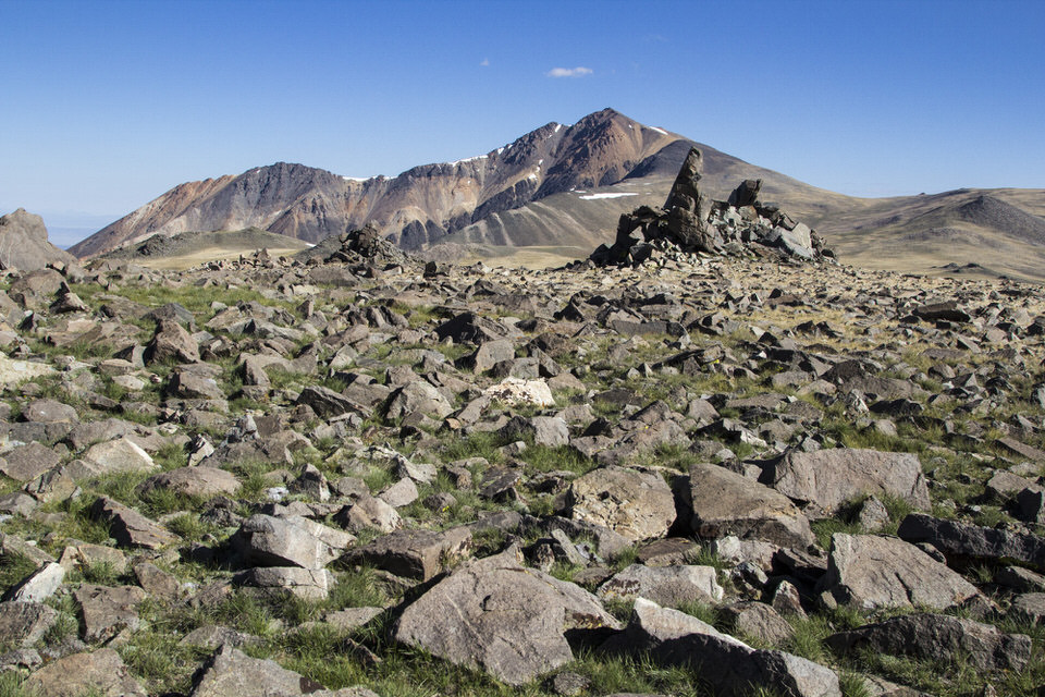Tallus field in front of White Mountain Peak.