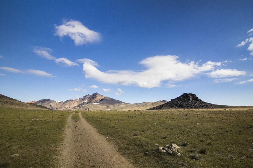 The long trail to White Mountain Peak.