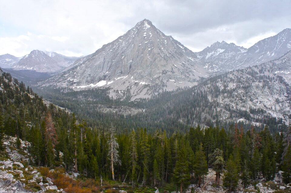 Mountains along the John Muir Trail