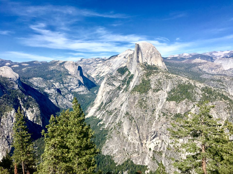 The view from glacier point gives you a fantastic vantage point of Half Dome and the surrounding Yosemite Valley.