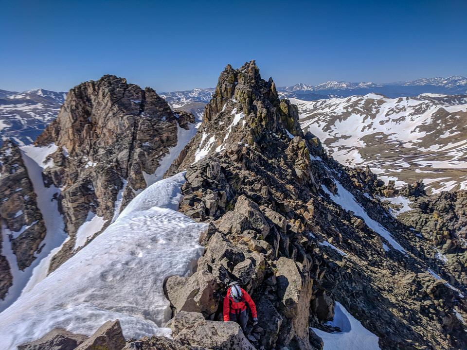 mountaineering-ridgeline
