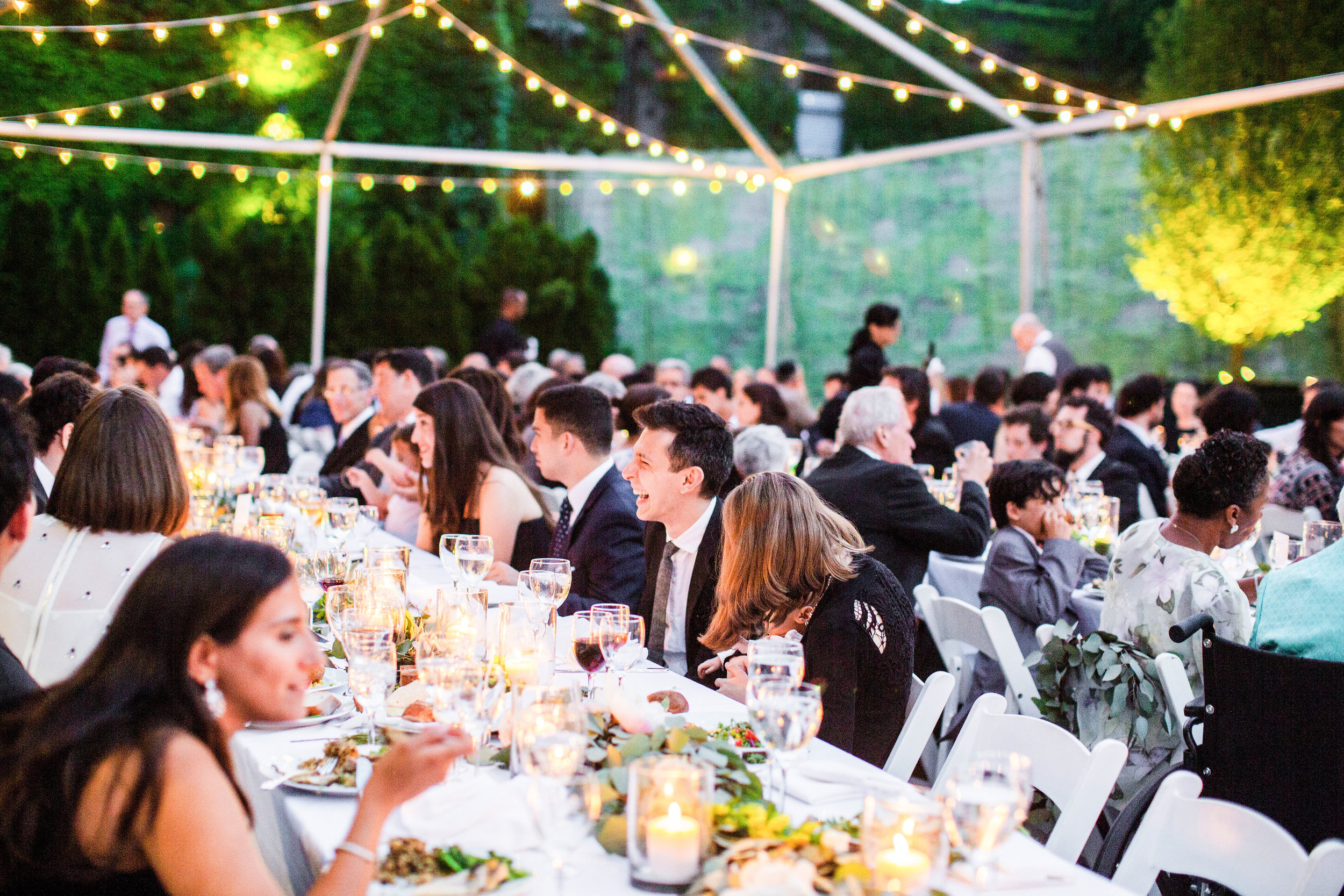 Tall & Small Events NYC, B+B, ModernUrban Industrial Jewish Outdoor Summer Wedding, New York City Real Wedding at The Foundry, LIC NY. Photo: Andrea Fischman Photography